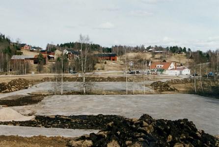 37-06-00-Vikene-Nya Skolan-01-Byggnation 2001.jpg
