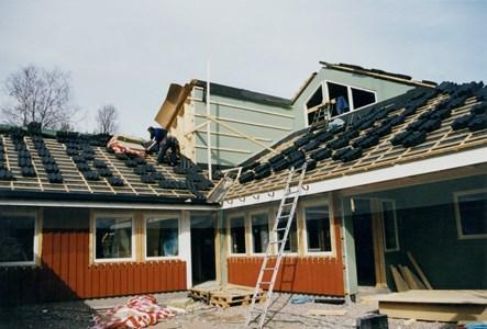 37-06-00-Vikene-Nya Skolan-05-Byggnation 2001.jpg