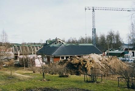 37-06-00-Vikene-Nya Skolan-06-Byggnation 2001.jpg