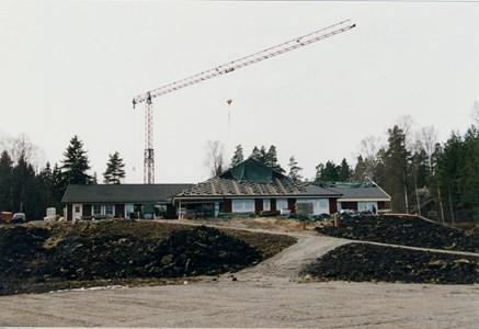 37-06-00-Vikene-Nya Skolan-11-Byggnation 2001.jpg