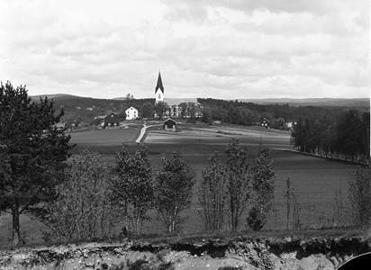 15-04-00-Kyrkan-29-Fr söder 1930
