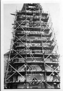 15-04-00-Kyrkan-46-Rep kyrkans torn ca 1969