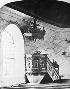 15-03-00-Brunskogs gamla kyrka-06-Predikstol
