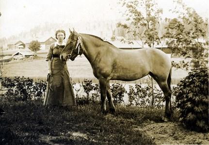 36-09-01-1887-Olga Andersson-02