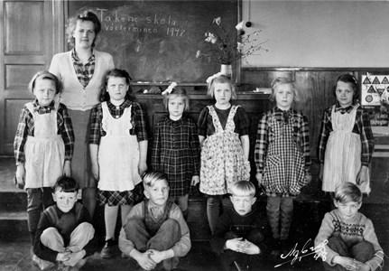 34-02-1948-Takene-Skolfoton-01