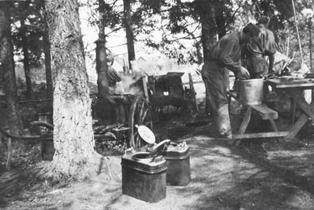00-05-Brunskog-Berdskap-10-Bäckelid Söder om Lillhagen1940-tal.jpg