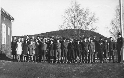34-02-1930-tal-Takene-Skolfoton-01.jpg