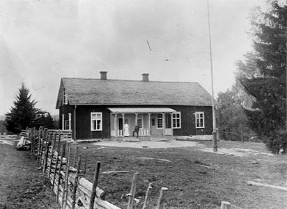 34-03-00-Takene skola -01-1907