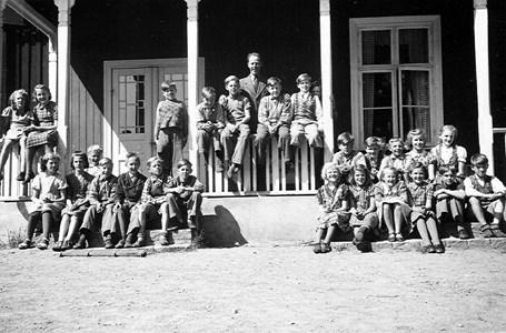 34-02-1943-Takene-Skolfoton-01.jpg