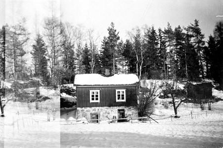 03-09-00-Bråten-Där Sö Lillstuga-01