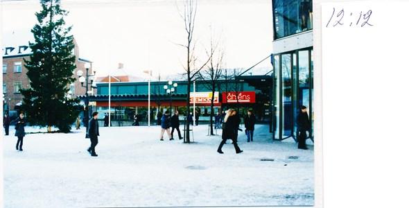 12.12.Stora Torget - Åhlens
