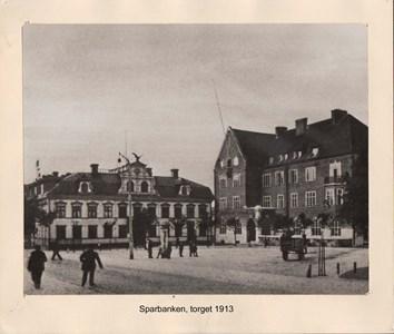 007.01 Stadens fotografier 1 - Torget 1913