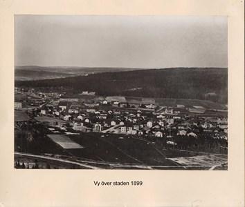 007.07 Stadens fotografier 1 - Vy över staden 1899