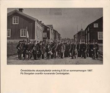 007.28 Stadens fotografier 1 - Örnsköldsviks skarpskyttekår 1867