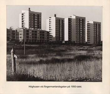 007.38 Stadens fotografier 1 - Höghusen vid Ångermanlandsgatan på 1950-talet