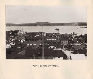 008.05 Stadens fotografier 2 - Vy över staden på 1880-talet