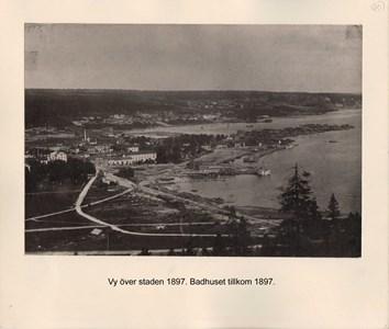 008.03 Stadens fotografier 2 - Vy över staden 1897
