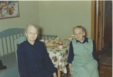 Systrarna Emma Spjut och Hilda Pettersson