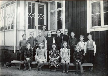 Klassbild-Ugnhults-skola-1948