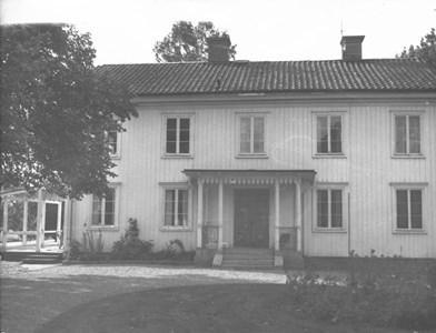 Österbo, västra gården