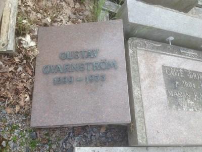 Gravsten - Gustav Qvarnström