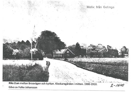 Riks 2:an mellan Broavägen och kyrkan. 2-1640