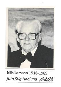 Nils Larsson 11-2128