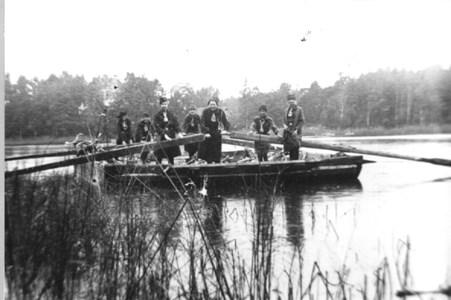 Bibyfärjan användes mella Färjstugan och Björstorp-landet (Hedlandet)