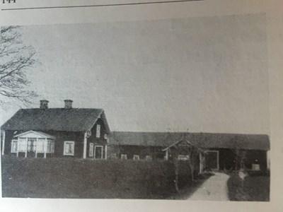 Vallby 1:5 Östergården
