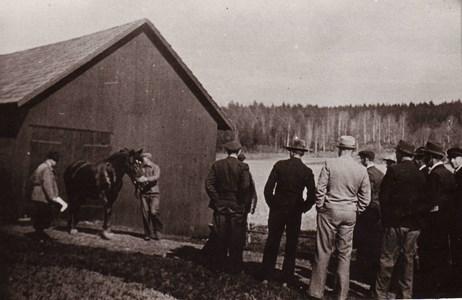 Hästuppvisning våren 1942