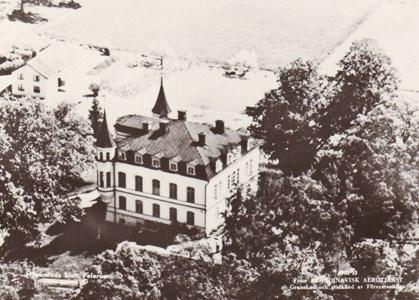 Hägerstad slott  Flygbild granskad av försvaret