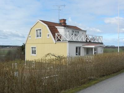 115 Hållsta Ryningsbergsv. 23 Halla