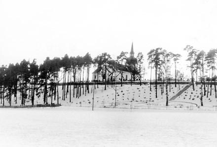 Husby-Rekarne kyrka #01