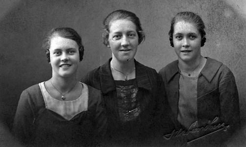Evelyn, Ebba o Mabel