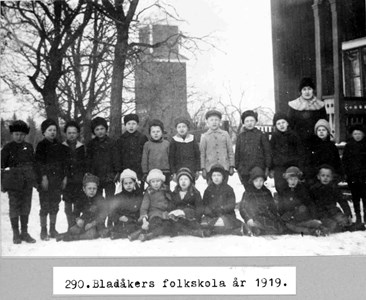0290 Bladåkers folkskola 1919.jpg