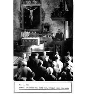 0362 Bladåkers kyrka. Högmässa1968.jpg