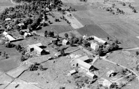 0525 Flygfoto Ola 1952