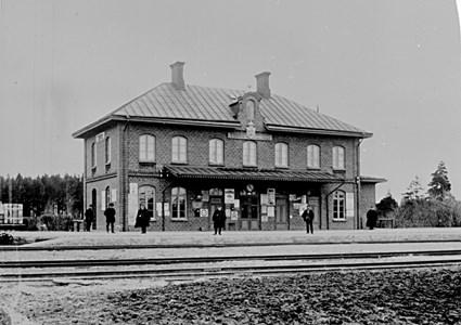 Järnvägsstationen 1890