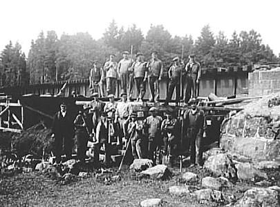 Järnvägsbron byggs