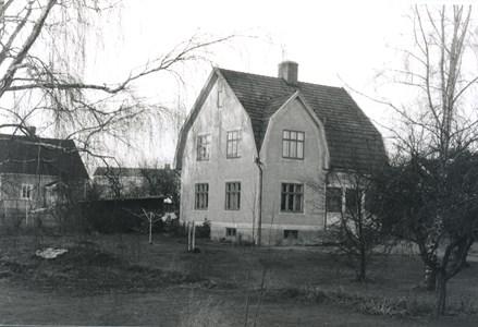 Bäckadal, Bäckadalsgatan