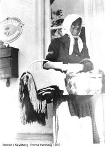 Posten i Skyllberg. Emma Hedberg
