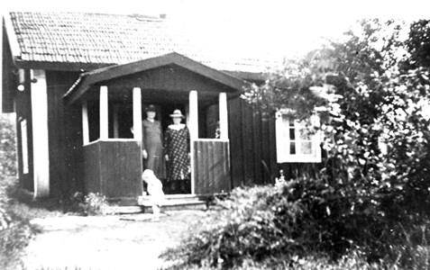 Mariedamm. Källberget rivet.  Anna Karlsson och Lina Larsson