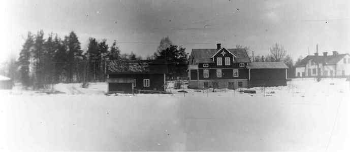 Närkesberg. Konsum och mejeriet bild taget från öster