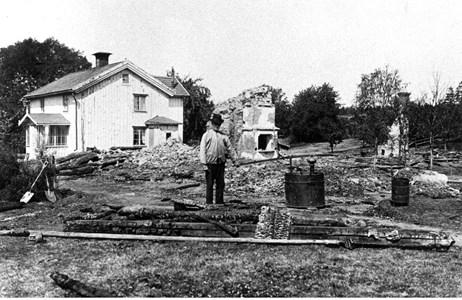 Bengtstorp brand i Eriksson gamla stuga 1921