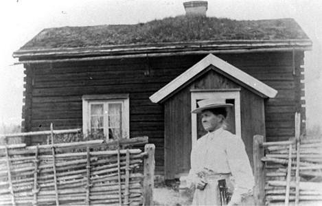 KLARA Gustava Andersson i Korset ( Bäckstugan) ca 1930