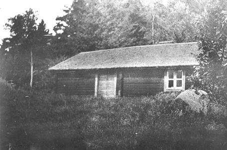Basteberg, Manhem