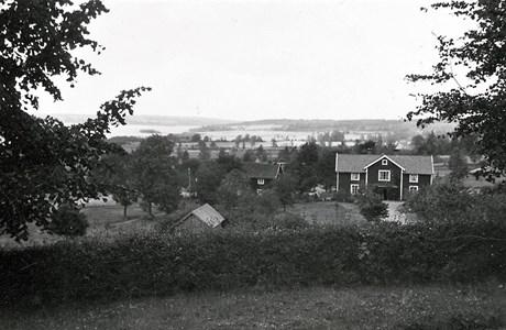 Utsikt mot Västergården