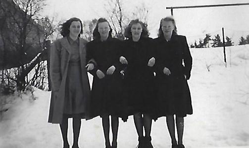 Fyra väninnor ca 1948