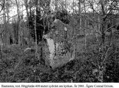 Ribbingshovs gravplats. Rest sten.