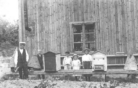 Emil Månsson med barn.